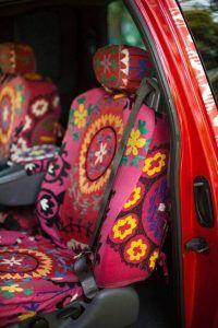 bordado en forros de asientos de carros
